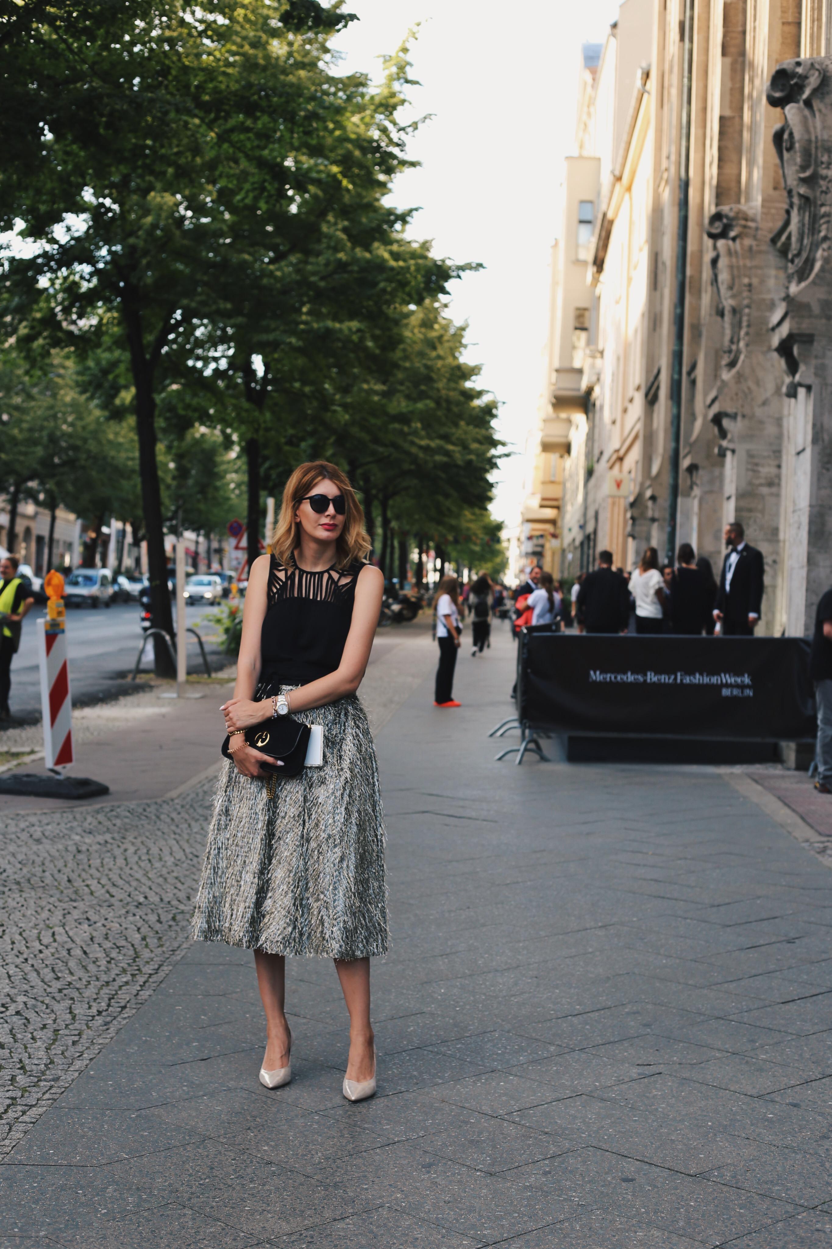Berlin Fashion Week Outfit 3 Fil Coup Midi Rock