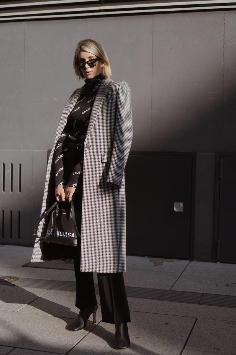Logomania_Outfit