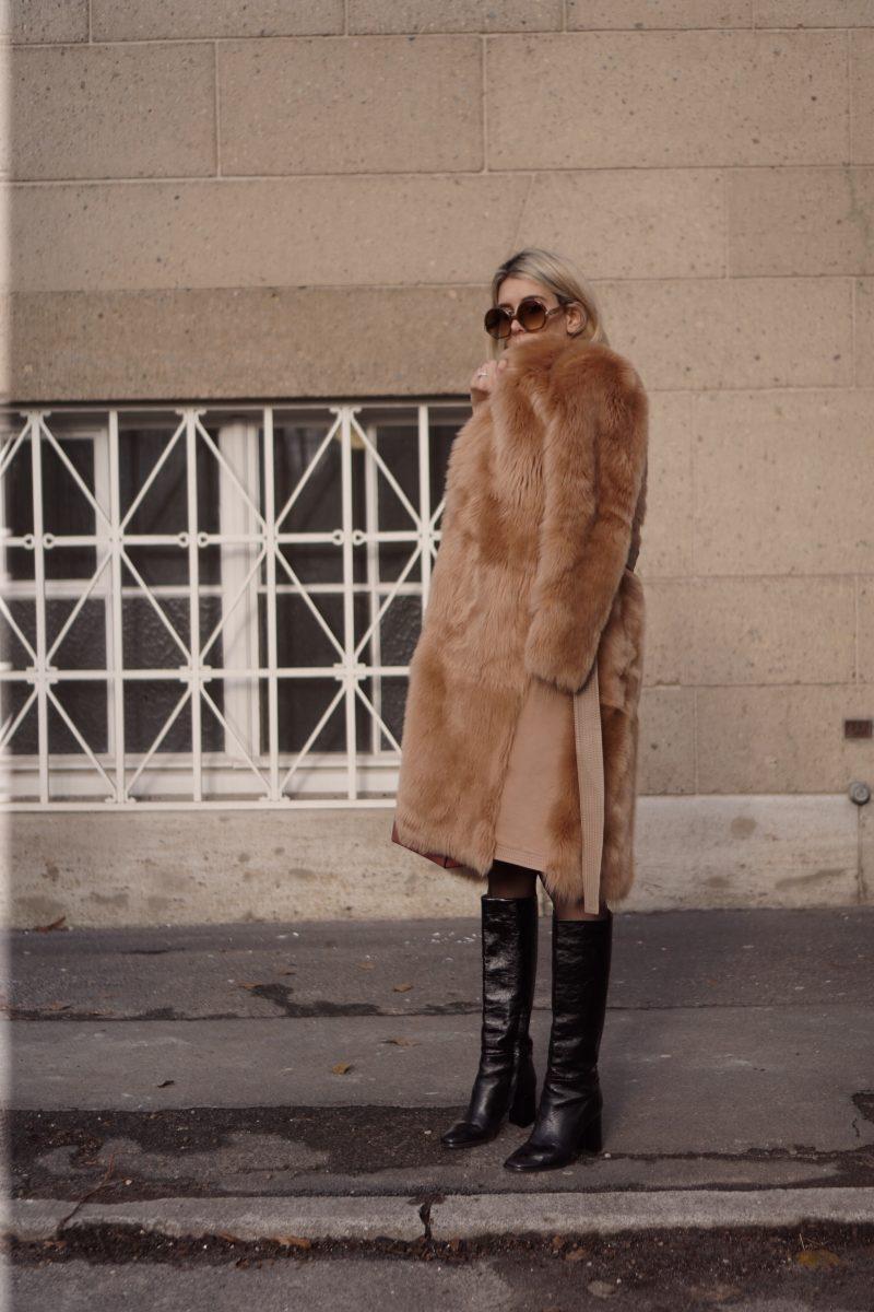 Streetstyle – Tory Burch Coat and Boyy Bag